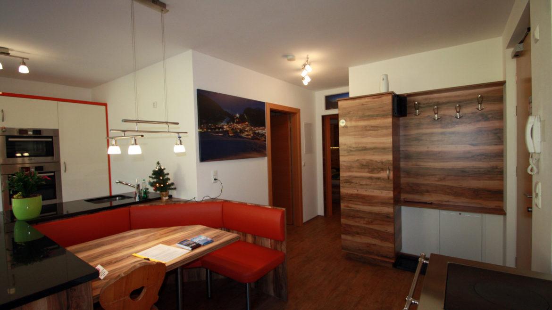 Eingang, Holzofen, Sitzgelegenheit, Küche